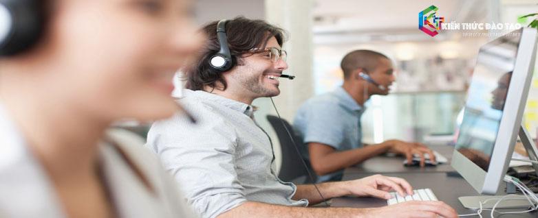 6 bước chăm sóc khách hàng qua điện thoại