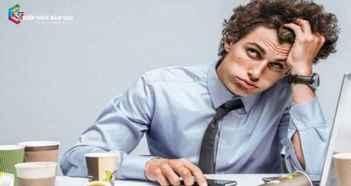 """Không nên dồn việc """"vắt kiệt sức lao động"""" của bản thân"""