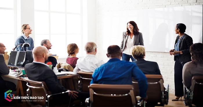 Phát triển kỹ năng quản lý cho nhân viên