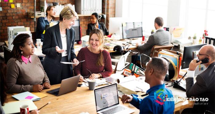 Tạo môi trường cho nhân viên phát triển và gắn bó